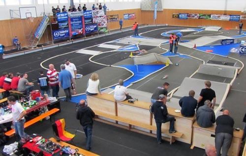Thunder Tiger Indoor Dirt Race in Edling