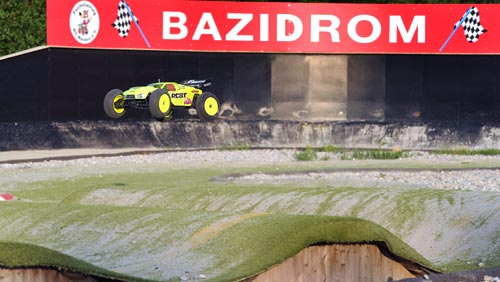 Thunder Tiger 3. Bayern Truggy Cup in Welden